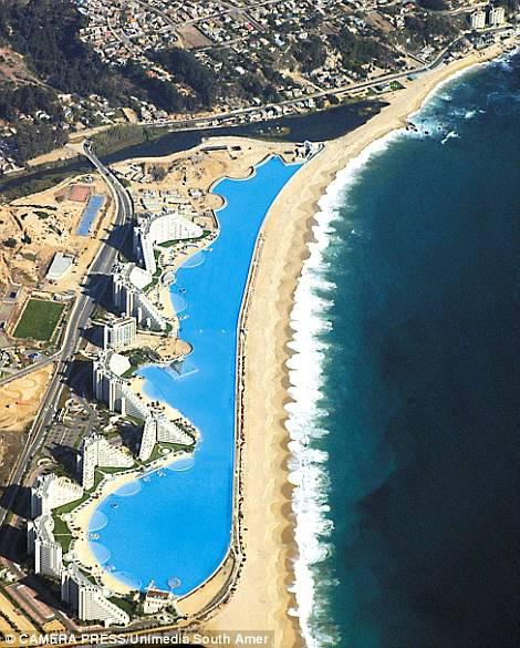 La piscina più grande al mondo