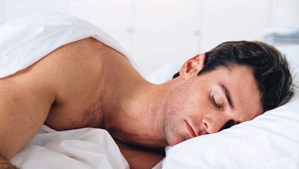 Sonno, chi dorme più di 8 ore è a rischio ictus