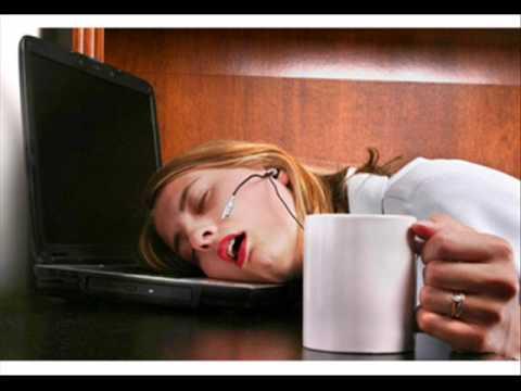 Le donne devono dormire di più, altrimenti diventano nervose, uno studio spiega il motivo