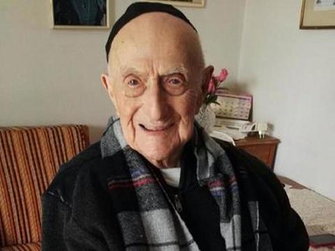 L'uomo più vecchio del mondo, ha 112 anni ed è polacco