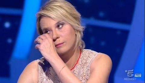 Le lacrime di Maria De Filippi a c'è posta per te.