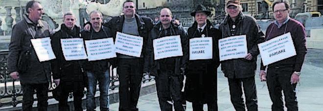 M5s in tribunale a Napoli, reintegro per gli espulsi, ma loro rifiutano.