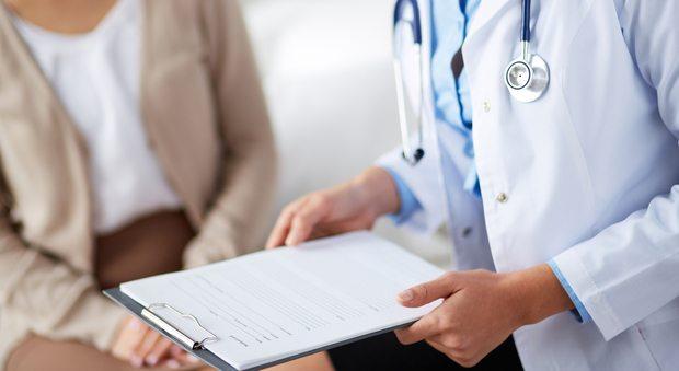 Rivoluzione studi medici: medico di famiglia 16 ore al giorno, 7 giorni su 7.