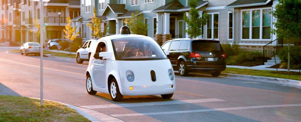Auto con guida autonoma potrebbero fare crollare il prezzo delle assicurazioni
