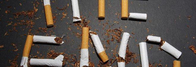 Leggi più severe per i fumatori