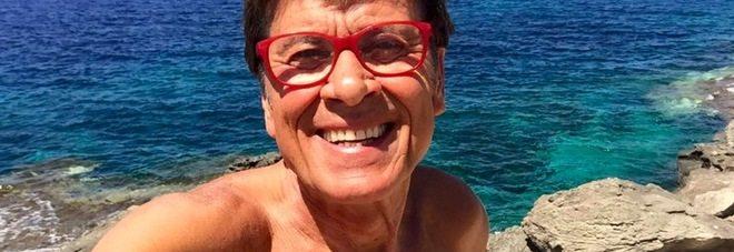 Foto senza costume di Gianni Morandi, i fan impazziscono