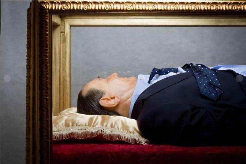 Berlusconi non dovrebbe fare più politca