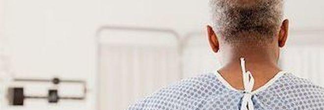trauma cranico, un 50enne inizia a parlare francese
