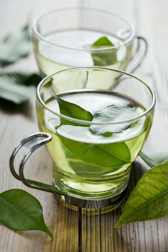 il tè verde, considerata bevanda medicinale