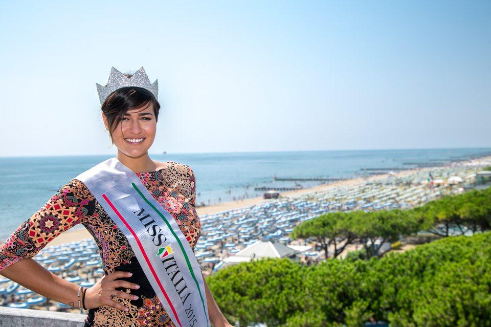 Miss Italia, a Jesolo un omaggio per le vittime del terremoto