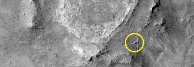 """Trovata la vita su Marte: """"Depositi di silice a forma di dita""""."""