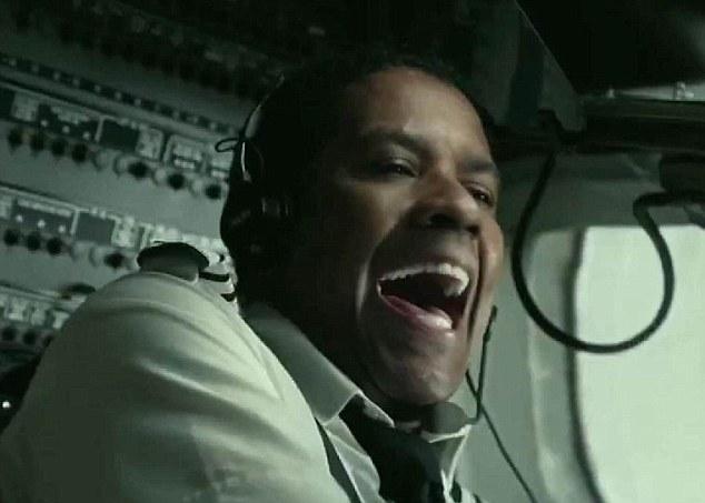 Pilota aereo ubriaco. panico tra i passeggeri