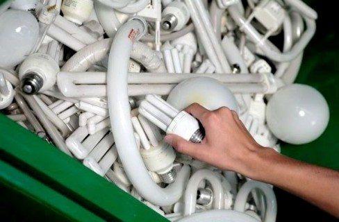 Dove si gettano le lampadine esaurite? Quello che c'è da sapere