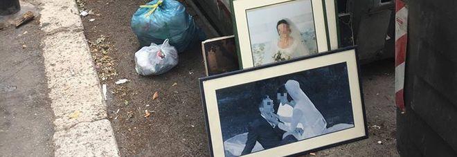 """Le foto delle nozze al cassonetto diventano virali: """"Qualcosa non ha funzionato!"""""""