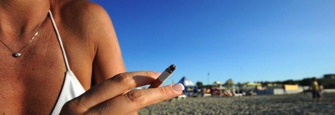 """""""Stop a sigarette in spiaggia in tutta Italia, inquinano di più delle auto"""""""