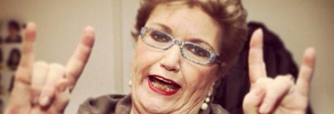 """Mara Maionchi e il cancro al seno: """"Così i miei geni si sono fatti fottere!"""""""