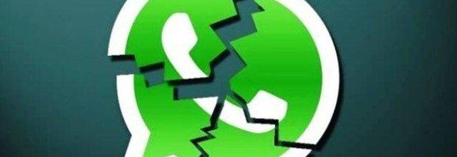 WhatsApp bloccata, quattro ore di stop in tutto il mondo. #whatsappdown hashtag più popolare al mondo