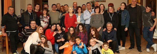 Mamma record, 22 figli, il primo a 18 anni, l'ultimo a 48