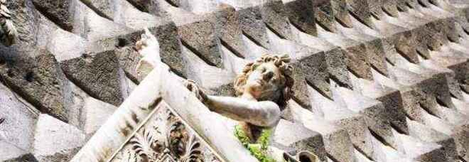 Chiesa del Gesù Nuovo, il mistero della musica scolpita sulla facciata