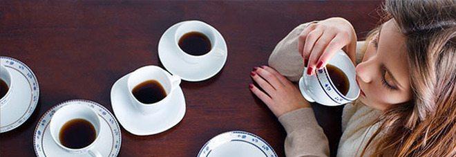 Il cellulare che fa il caffè, a Napoli è possibile.