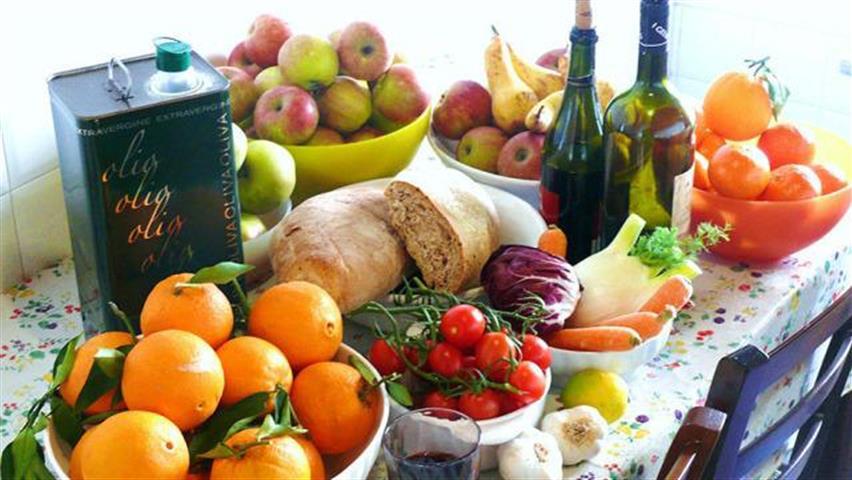 Cibi velenosi, ecco quali sono i cibi che mangi tutti i giorni e potrebbero essere rischiosi per la salute