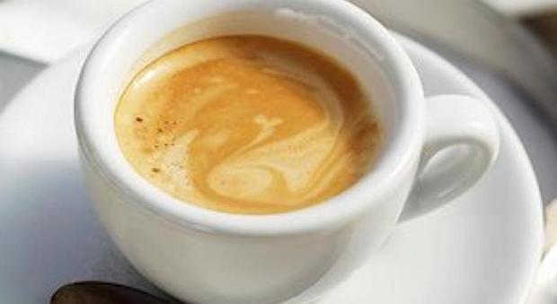 Bere caffè protegge da ictus e scompenso cardiaco.