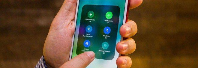 Apple, consigli su come fare durare di più la batteria degli Iphone.