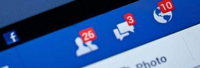 Non gli ha datto l'amicizia su facebook e la prende a sprangate in faccia!