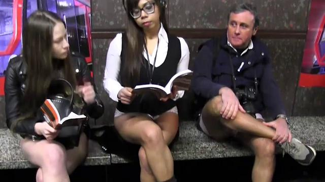 In metropolitana in mutande in mutande, il 'No pants subway ride'