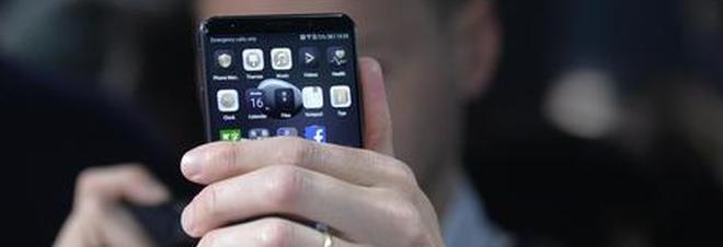 Scopero il virus che si trasforma in spia su smatphone android, rubati dati per anni.