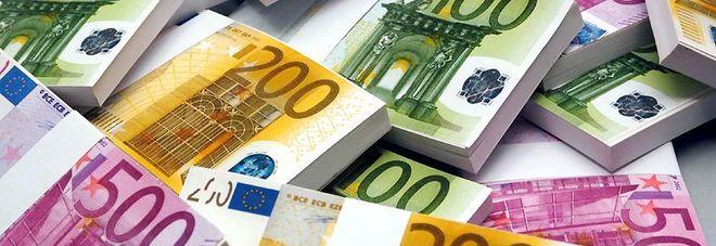 Trovano una carta di credito smarrita, e spendono migliaia di euro in poche ore