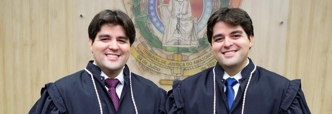 Due gemelli, unica carriera, diventano giudici nello stesso giorno