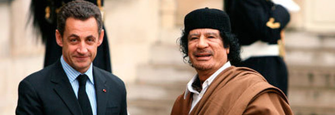 Francia, l'ex presidente Nicolas Sarkozy, fermato per finanziamenti illeciti dalla Libia