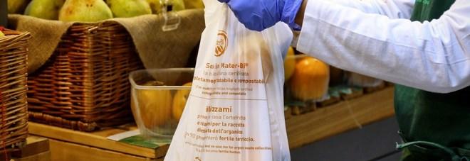 """Sacchetti biodegradabili ortofrutta, si """"possono essere portati da casa!."""