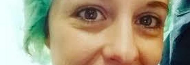 """Nadia Toffa, l'accusa disgustosa: """"Usa il cancro per farsi pubblicità"""""""