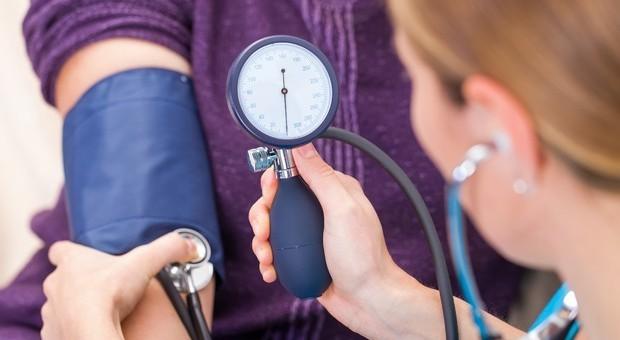 Pressione arteriosa, 7 errori da evitare quando si misura