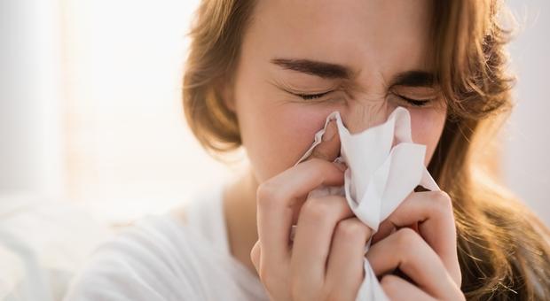 Trovata molecola che guarisce  per sempre il raffreddore, ma per i test ci vuole tempo.