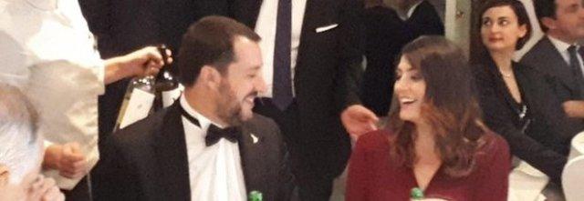 Salvini ed Elisa Isoardi, ritorno di fiamma? Sguardi complici durante la cena.