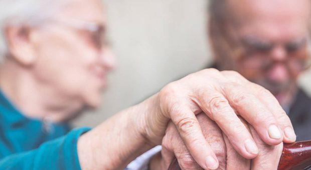 Alzheimer, un semplice test di sangue consentirà di scoprirlo in anticipo.