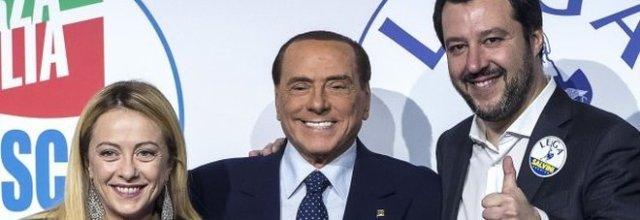 La triade Berlusconi, Meloni e Salvini di nuovo insieme.