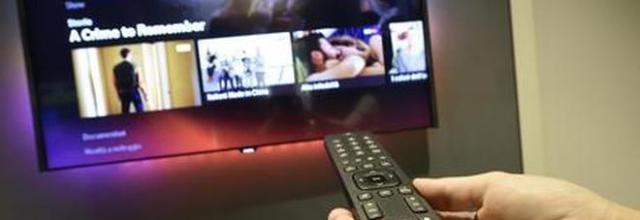 Guardare la tv aumenta il rischio di cancro al colon retto, lo afferma un nuovo studio.