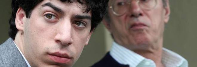 Lega: assolti i Bossi padre e figlio, accusato Belsito.