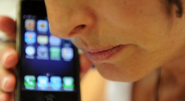 Istituto superiore di sanità: l'uso prolungato dei cellulari non provoca il cancro