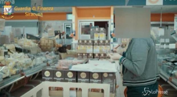 Reddito di cittadinanza e lavoro nero: nel supermarket scoperti 9 irregolari su 10. Leggo.-it