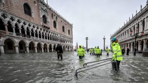 Docente università Ferrara: nessuna compassione per i veneti che votano Lega | Imola Oggi➥