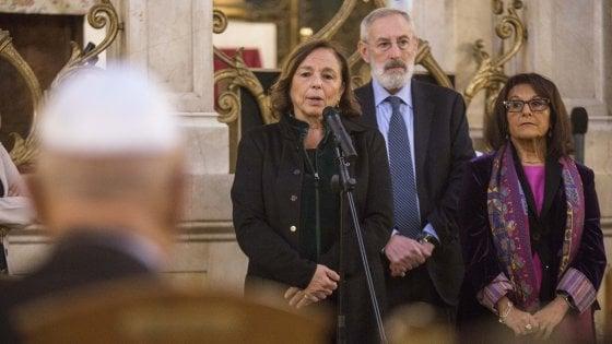 """Segre, Lamorgese: """"Da linguaggio violento possono venire azioni violente"""" - Rai News ➥"""