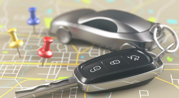 Assicurazione Rca auto familiare nel dl fisco, premi a fascia più bassa. Vale anche per moto e scooter-LEGGO➥