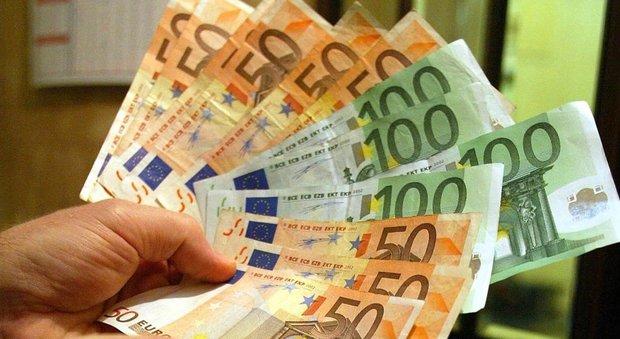 Reddito di cittadinanza, italiani in poltrona con il sussidio: 98 su 100 non hanno trovato lavoro-LEGGO➥