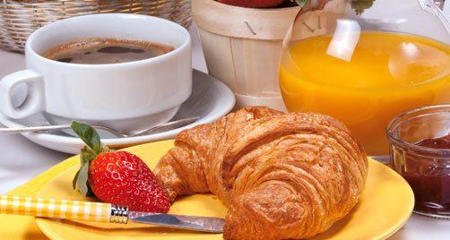 Mangi poco a colazione? Rischi di ingrassare con il tempo, lo conferma la scienza-LEGGO➥