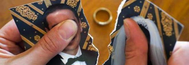 Reddito di cittadinanza, l'allarme dell'Ocse: «Troppi falsi divorzi per incassare il sussidio. Gli italiani non cercano più lavoro»-LEGGO➥